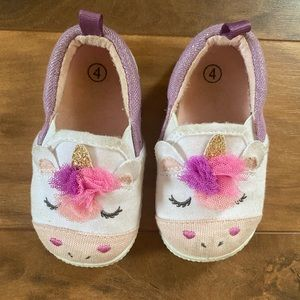Unicorn play sneakers size 4